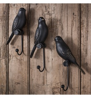 Gallery Avery Resin Bird Hooks Set of 3