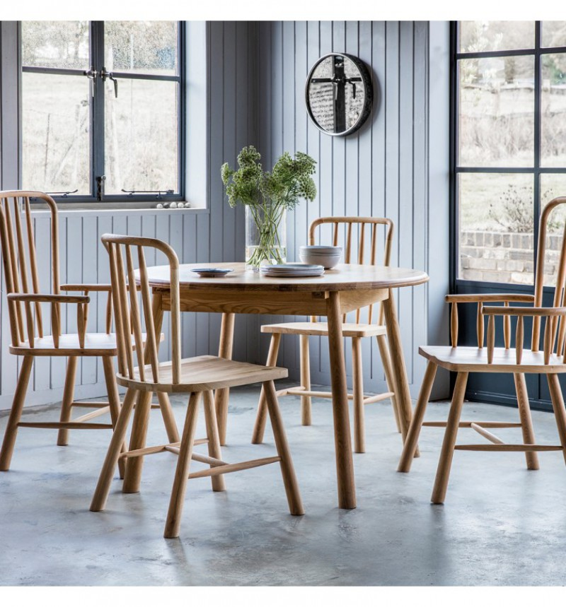 Gallery Wycombe Round Extending Table