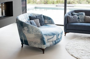 Fama Astoria Armchair
