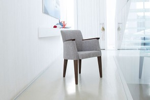 Fama Betty Armchair