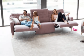 Fama Avalon Sofa