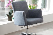 Fama Elvis Casual Chair