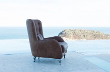 Fama Aston Chair